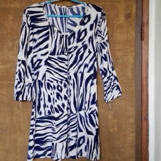 Pre-loved BUT WELL-LOVED Animal Print Blouse/Mini Dress with Long Sleeves