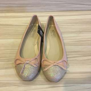 BABY PINK FLAT SHOES