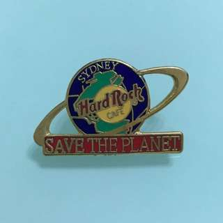 Hard Rock Cafe pin (Vintage)