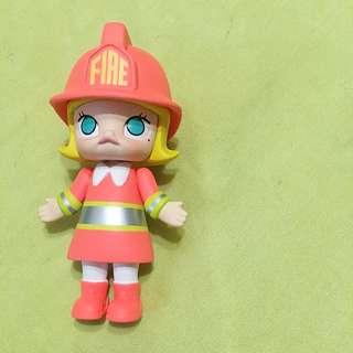 Molly 職業消防人員
