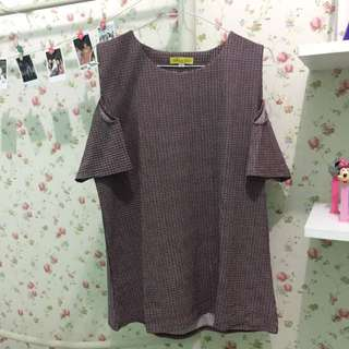 Cut Out Top Merah (New)