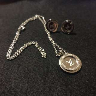 Loius Vuitton Earings And Necklace