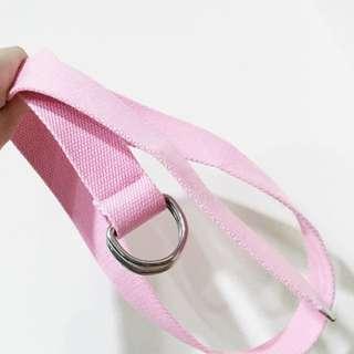 粉紅帆布腰帶