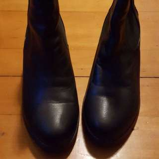 (減價)95% new authentic leather nu.mu boots