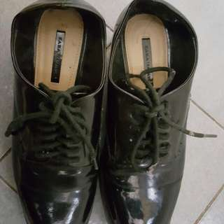 Zara Oxford Shoes Warna Hitam
