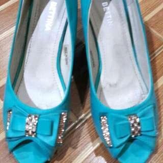 Cyan Blue Bettina