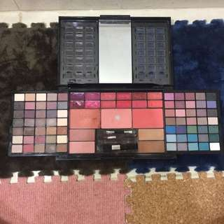 MAKEUP pallete modelsphere