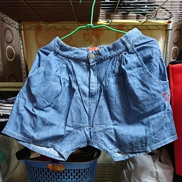 專櫃低褲檔短褲