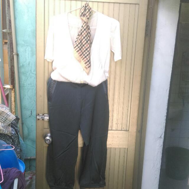 針織開襟上衣,9分微寬收口褲,材質滑順,不會軟趴趴,有挺度。均為二手,穿過2次。狀況健康,乾淨無瑕疵。含運150。