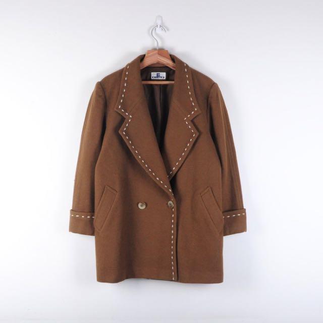 橡樹果子粗針縫線毛料大衣