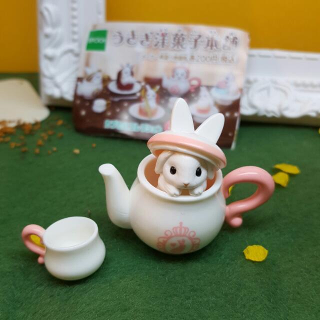 甜點兔子扭蛋-粉紅茶壺兔