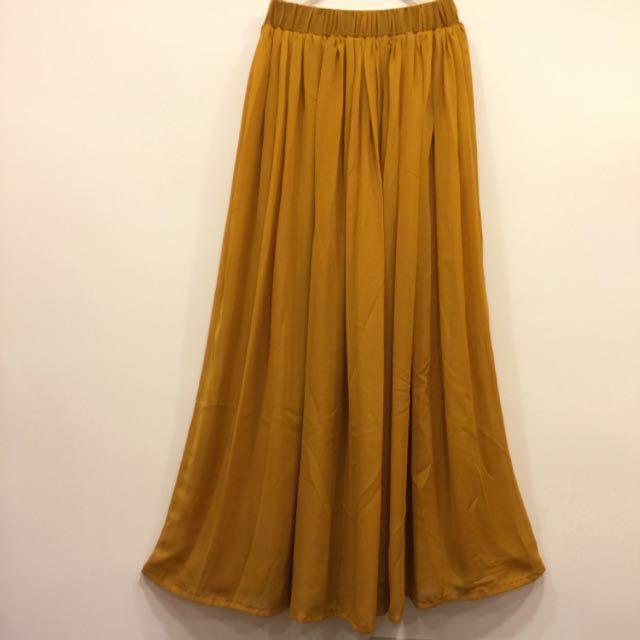 土黃色雪紡長裙