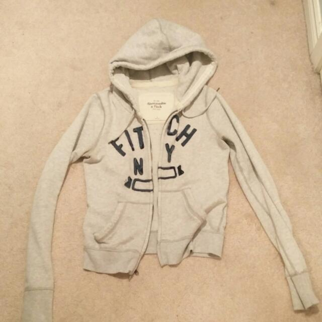 Abercrombie & Fitch Zip-Up Hoodie (Size S)