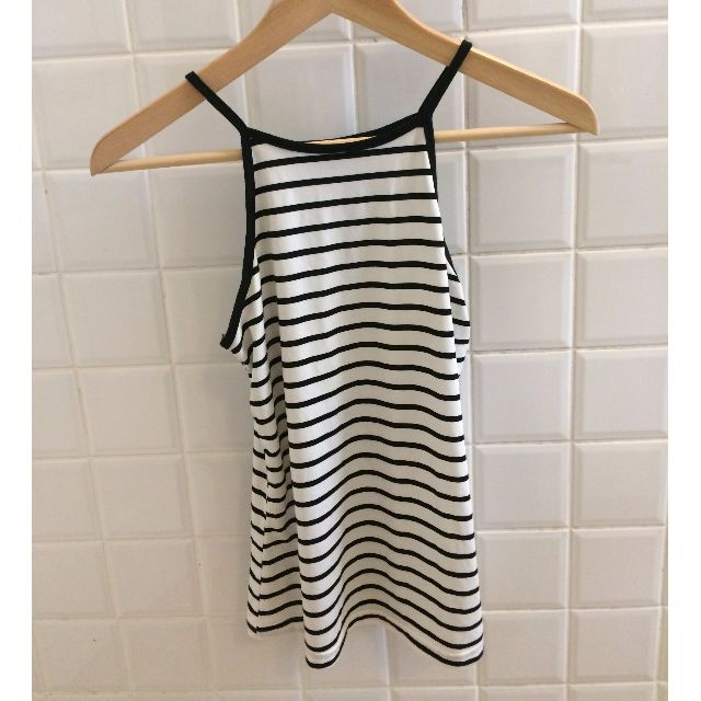 Black and white stripe singlet