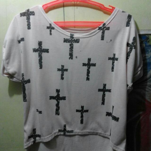 Blouse/ Croptop (Cross)
