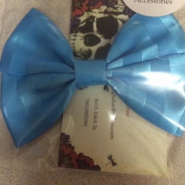 Blue Stripped Bow