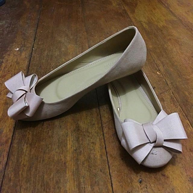 Blush Ballet Flats w/ Bow