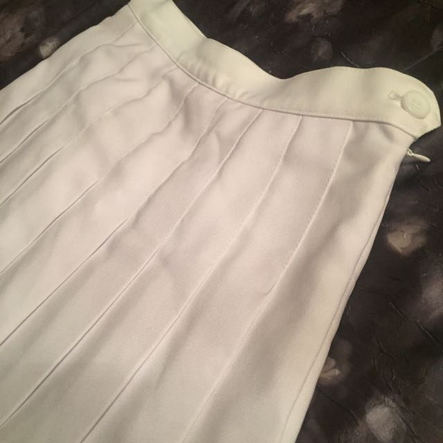 **BRAND NEW** American Apparel Skirt