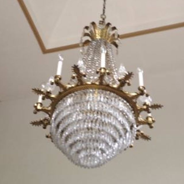 Chandelier (Tall)