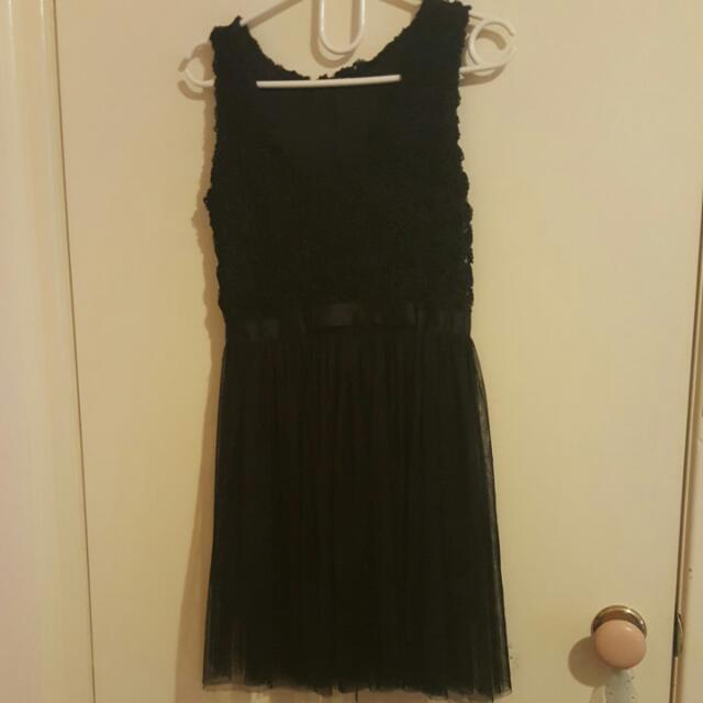 Cute Tulle Black Dress Size 6-8