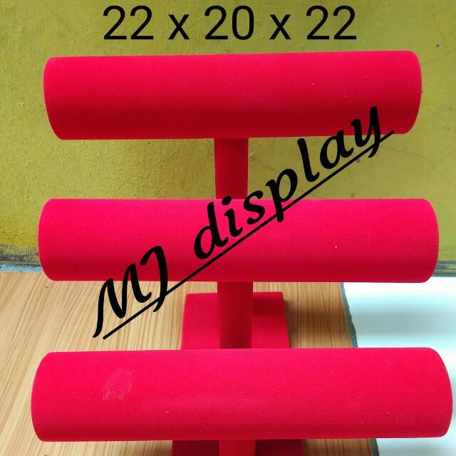 Display gelang 3 susun merah