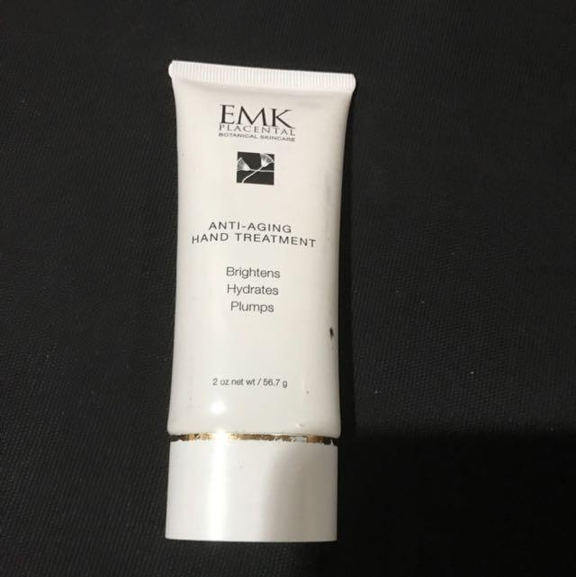 EMK hand treatment