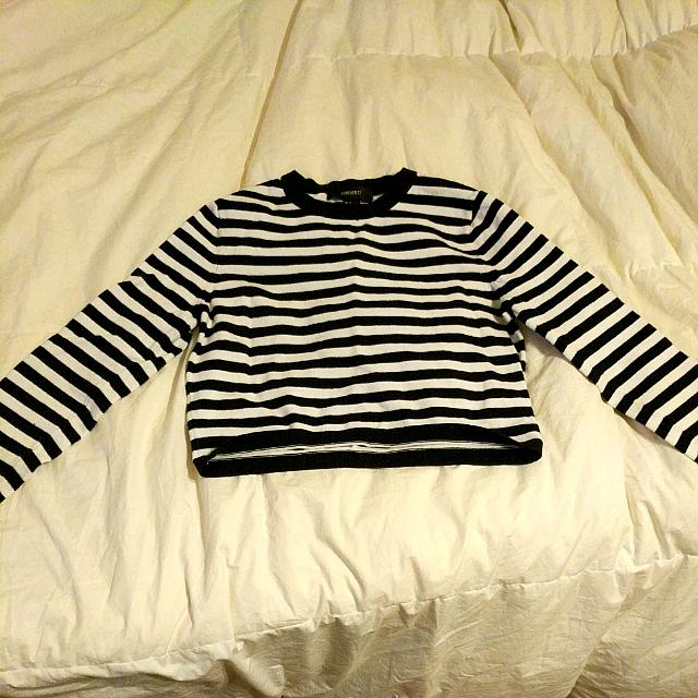 Forever 21 Stripped Cropped Sweater