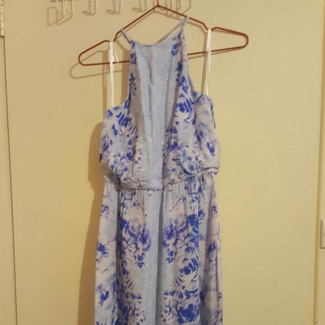 Forever New Size 6 Maxi Floral Dress