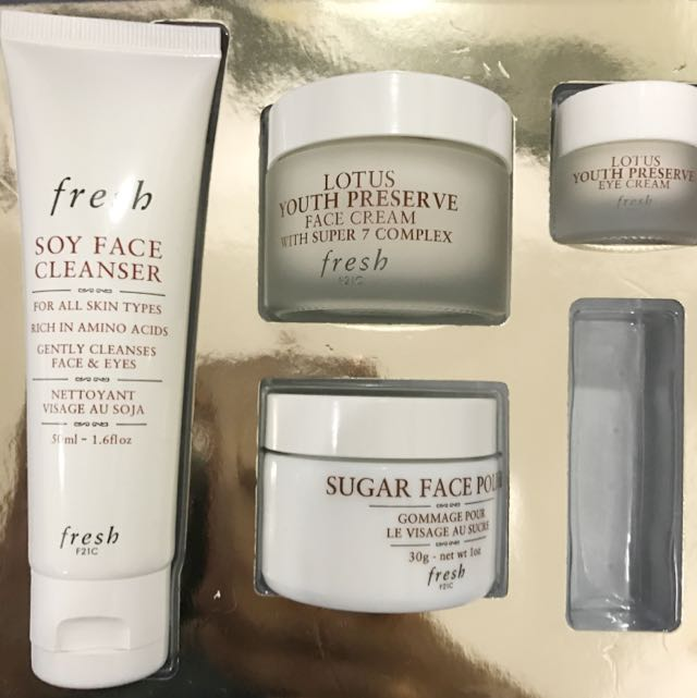 Fresh Skincare Treasures Box