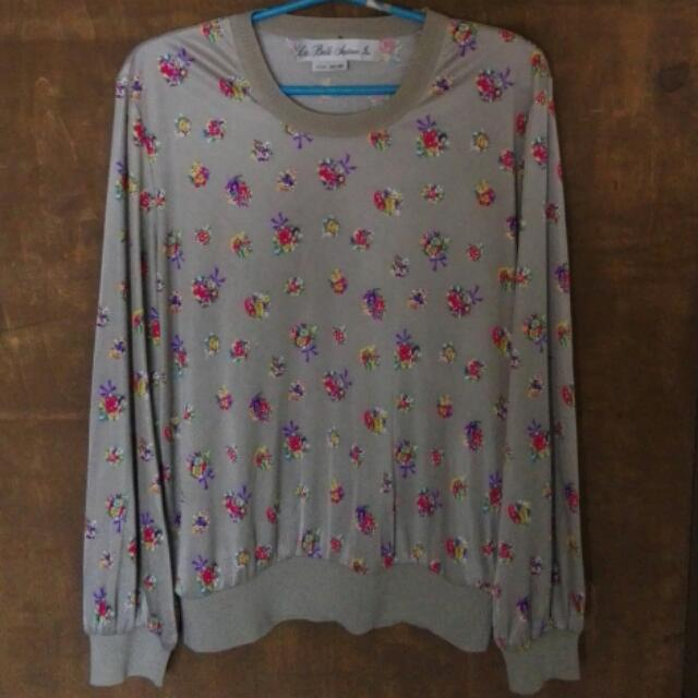 Gray Floral Long Sleeved Top