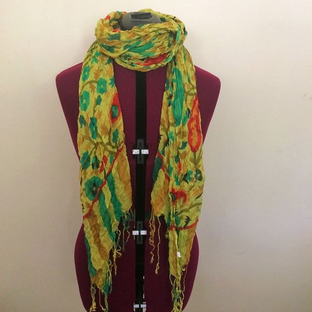 Green Floral Paisley Scarf