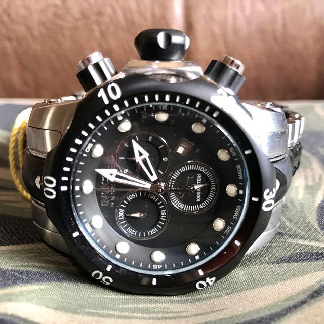 Invicta 5727 Reserve Venom Chronograph Watch
