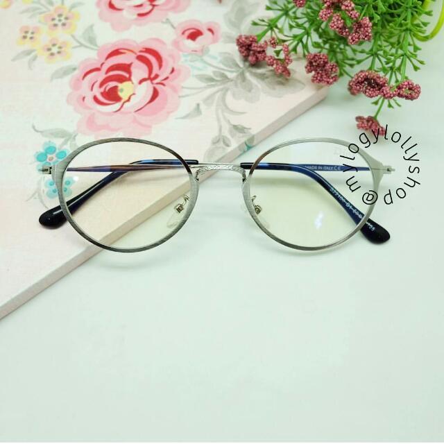 Kacamata Pevita - Silver