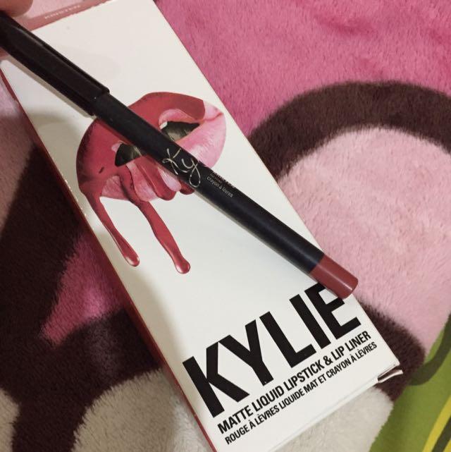 Kylie lip liner Kristen