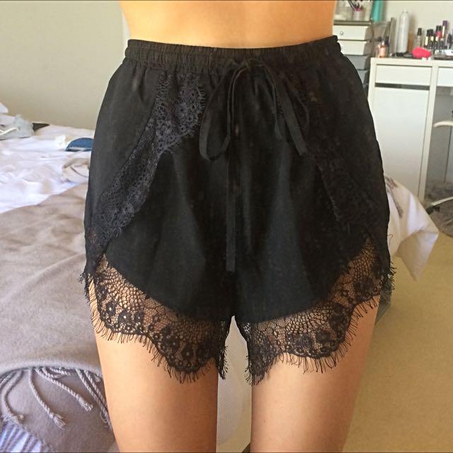Lace Shorts Black