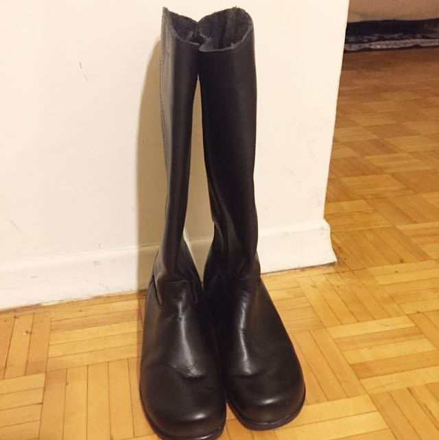 Martino Boots (size 8)