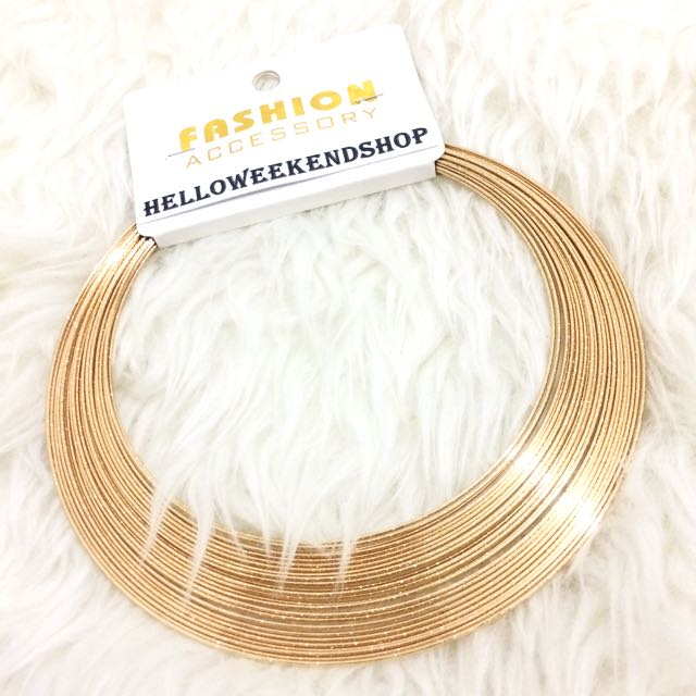 NEW- Gold Chocker