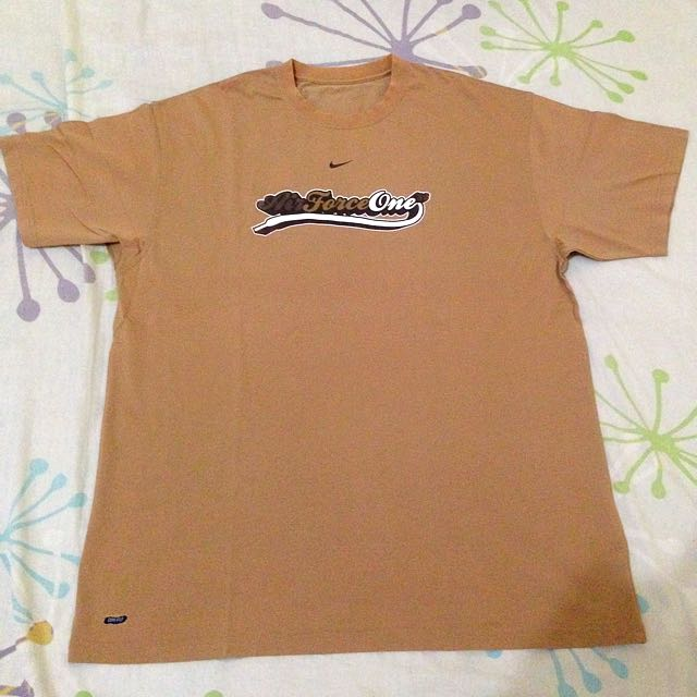 NIKE AIR FORCE ONE SPECIAL EDITION TEES size XL