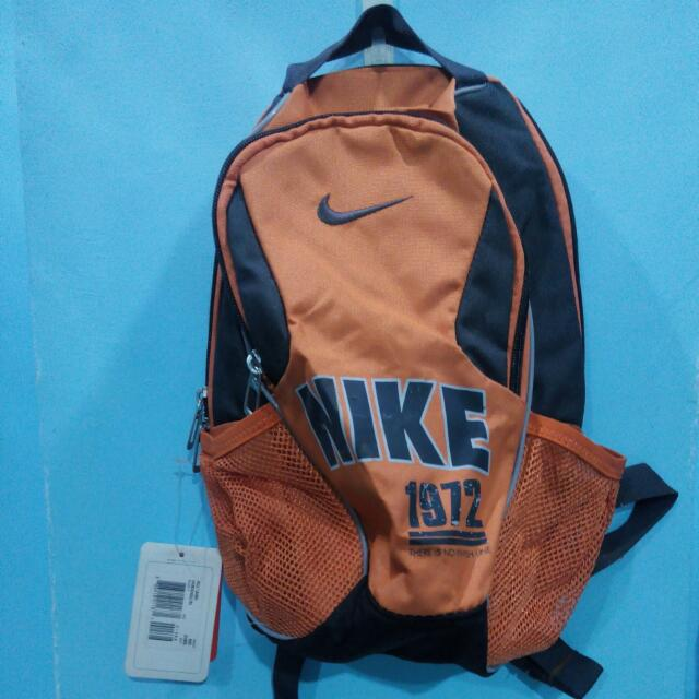 2eccf84d8598 Authentic Nike Backbag