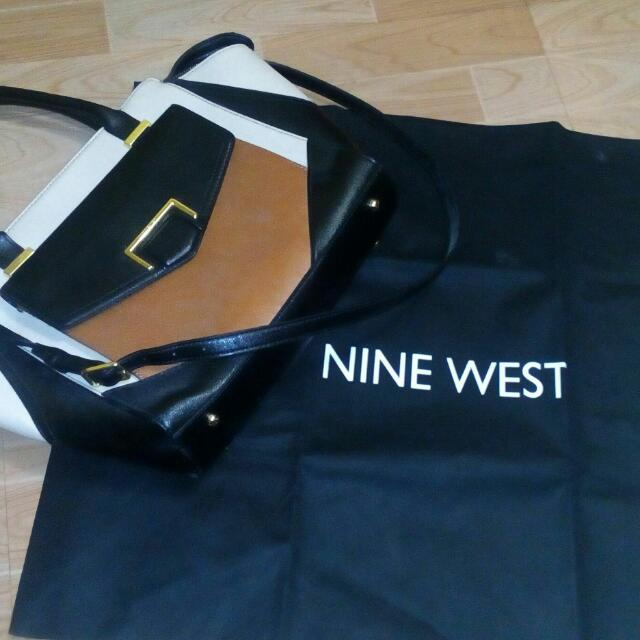 NINE WEST HAND BAG WITH SLING