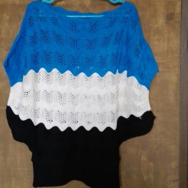 Pre-loved BUT WELL-LOVED Knitted Top