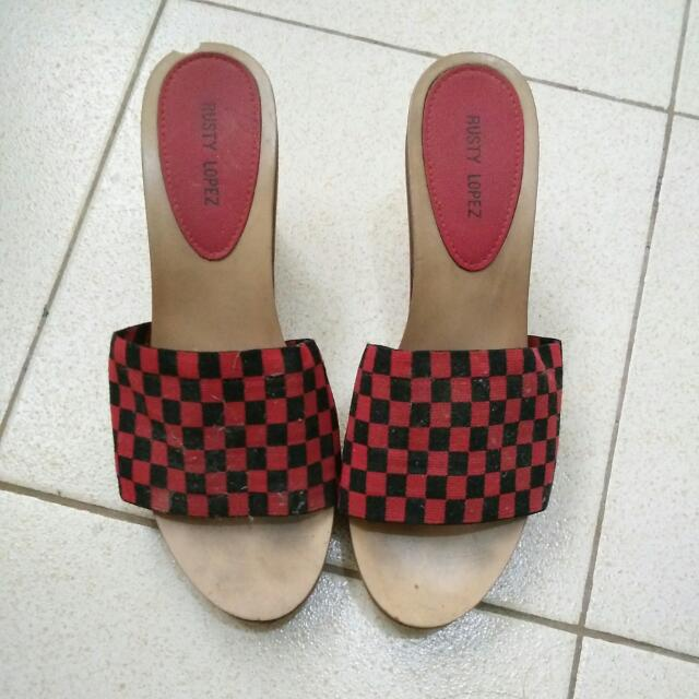 SALE!! Rusty Lopez Black And Red Wedge