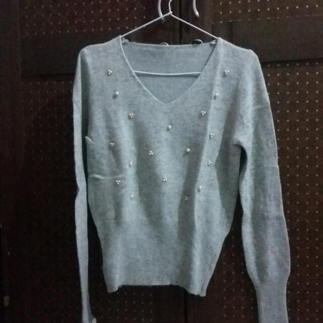 Sweater Manik