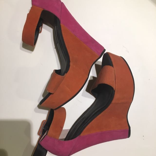 Tony Bianco -two Toned Wedge