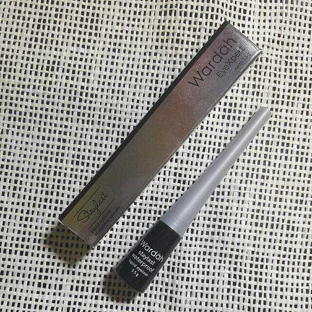 Wardah Liquid Eyeliner Black