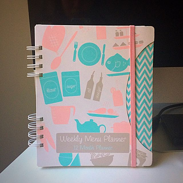 Weekly Menu Planner (12 Month Planner)