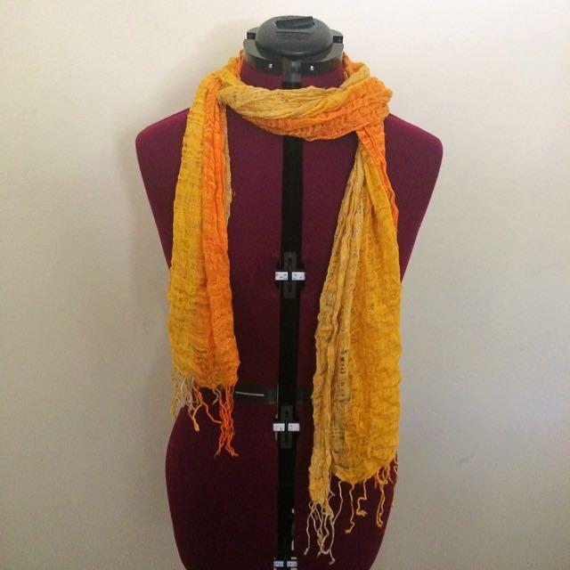 Yellow/orange Woven Scarf