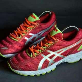 Running Shoes - Asics