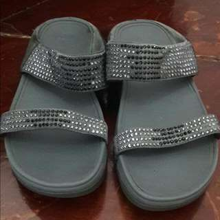 REPRICE! Authentic Pebble Flare Fitflop