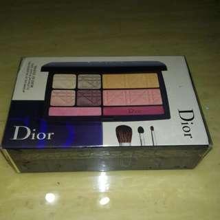 🚚 Dior旅行組